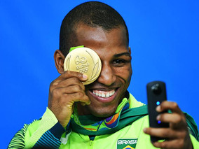 Brazilian gold medalist Robson Conceicao signs with Top Rank