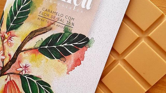 Priscyla França - Chocolate Caramelo com Flor de Sal 65g