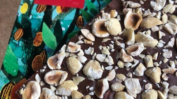 Labarr - Chocolate ao Leite 42% Cacau Catongo com Avelã e Flor de Sal 95g