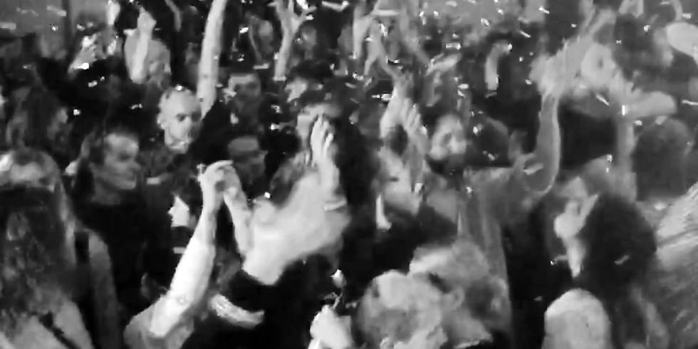 CLUB: You! Me! Dancing! / Fear No Darkness, Det Är Nu Det Börjar ❤
