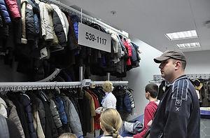 Автоматический гардероб, автоматизированный гардероб, гардероб конвейер, гардероб транспортёр, автоматическая система для гардероба, гардероб для фитнеса, гардероб для одежды, гардероб с системой поиска автоматический, автоматический гардероб для заведения, автоматический гардероб для предприятия, музей автоматический гардероб, современный гардероб, современный автоматический гардероб, гардероб для клуба, гардероб для больших заведений, гардероб фреш