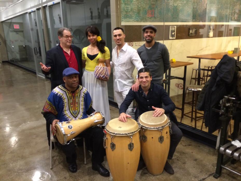 Grand opening: Arte, Música, Cafecito y Ron