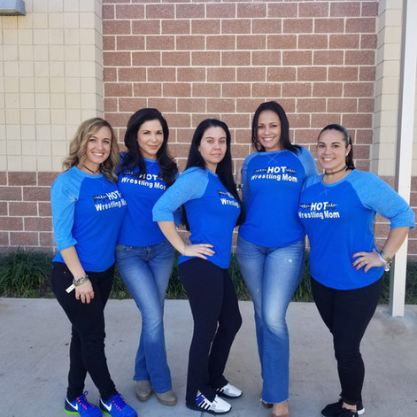 psyc-HOT-ic Mom's from South Dade!!