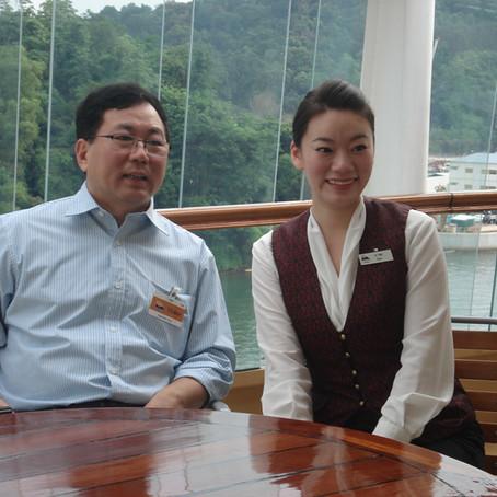 天津海运学院领导访问新加坡