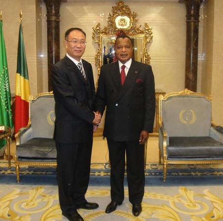 彭向峰董事长考察非洲三国市场