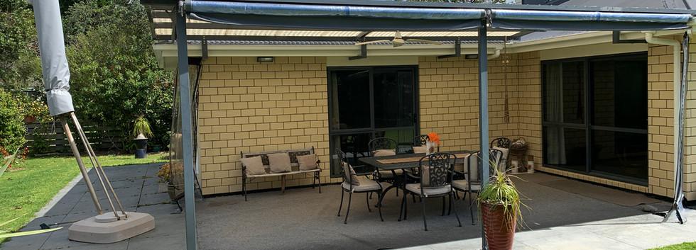 Ref 64 outdoor entertaining area