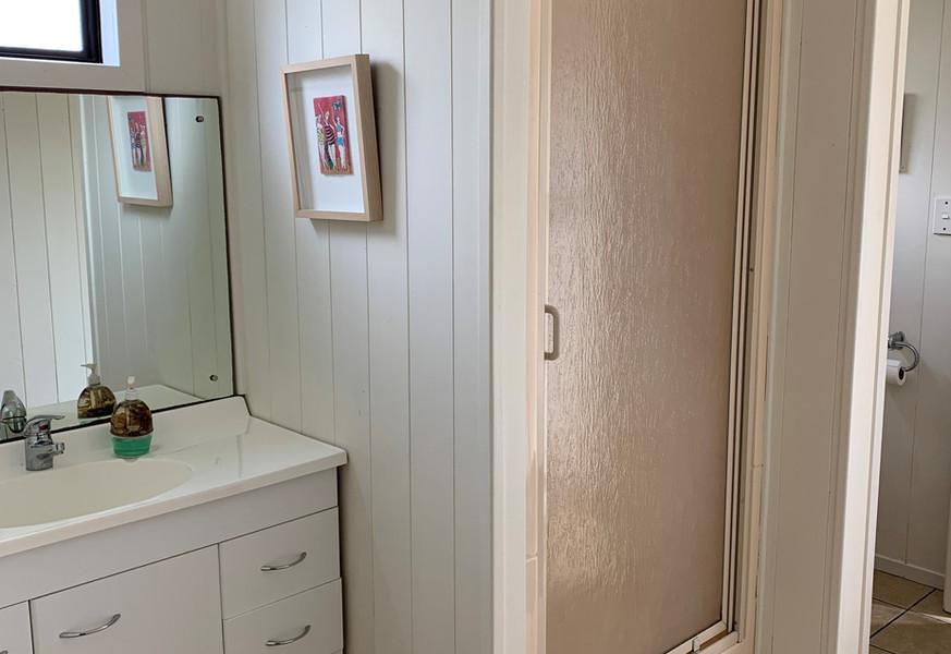Ref 42 bathroom