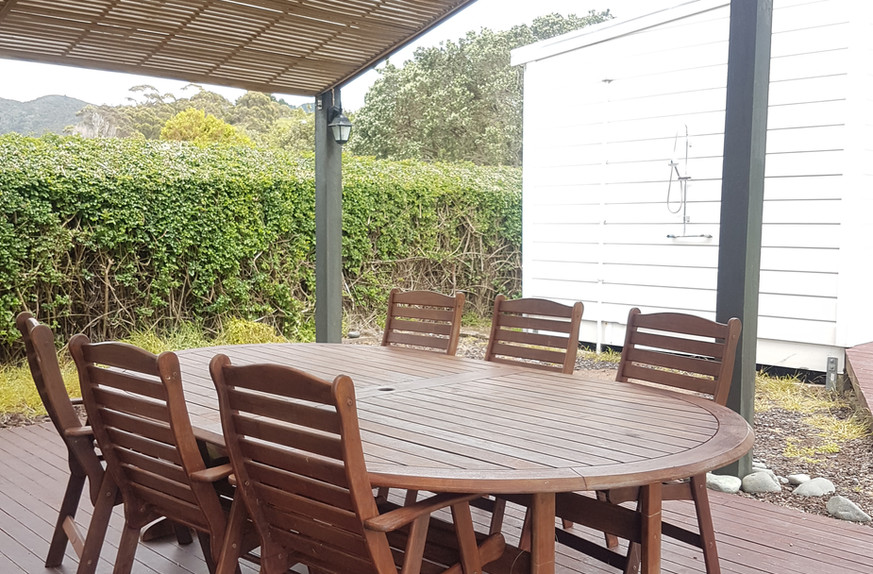 Ref 19 outdoor seating
