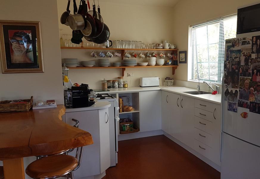 Ref 16 kitchen
