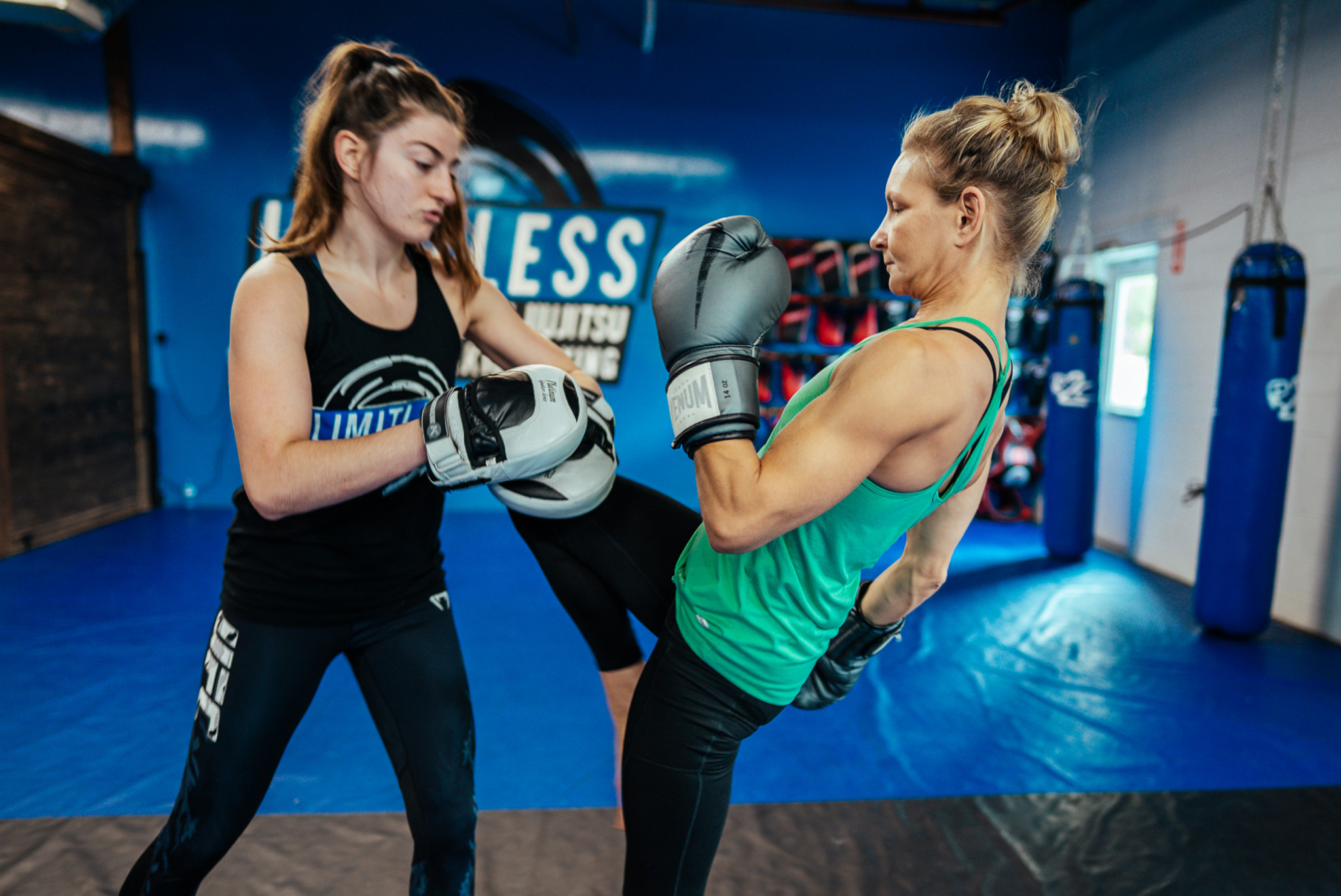 Woman's Only Kickboxing 2 Weeks W Gloves