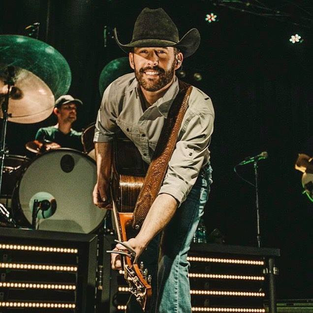 Aaron Watson smiling for the camera