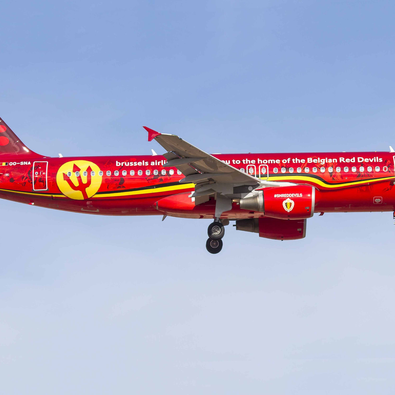 011_Brussels Airlines_OO-SNA_red devils.