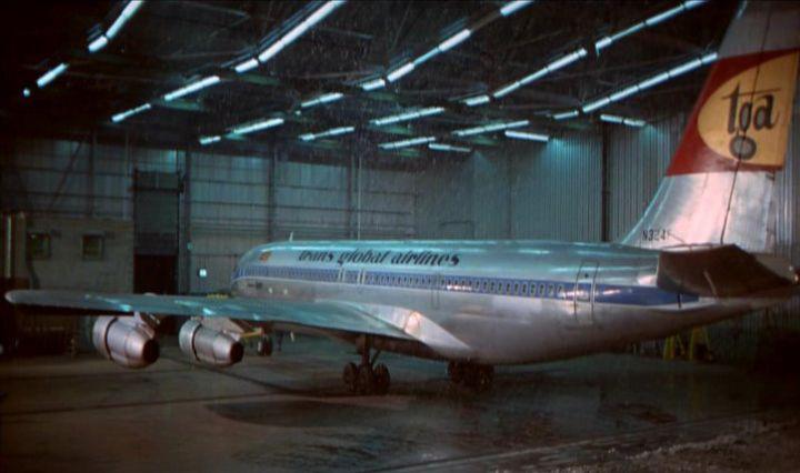 option if reqd_Airport_009_hangar_N324F.