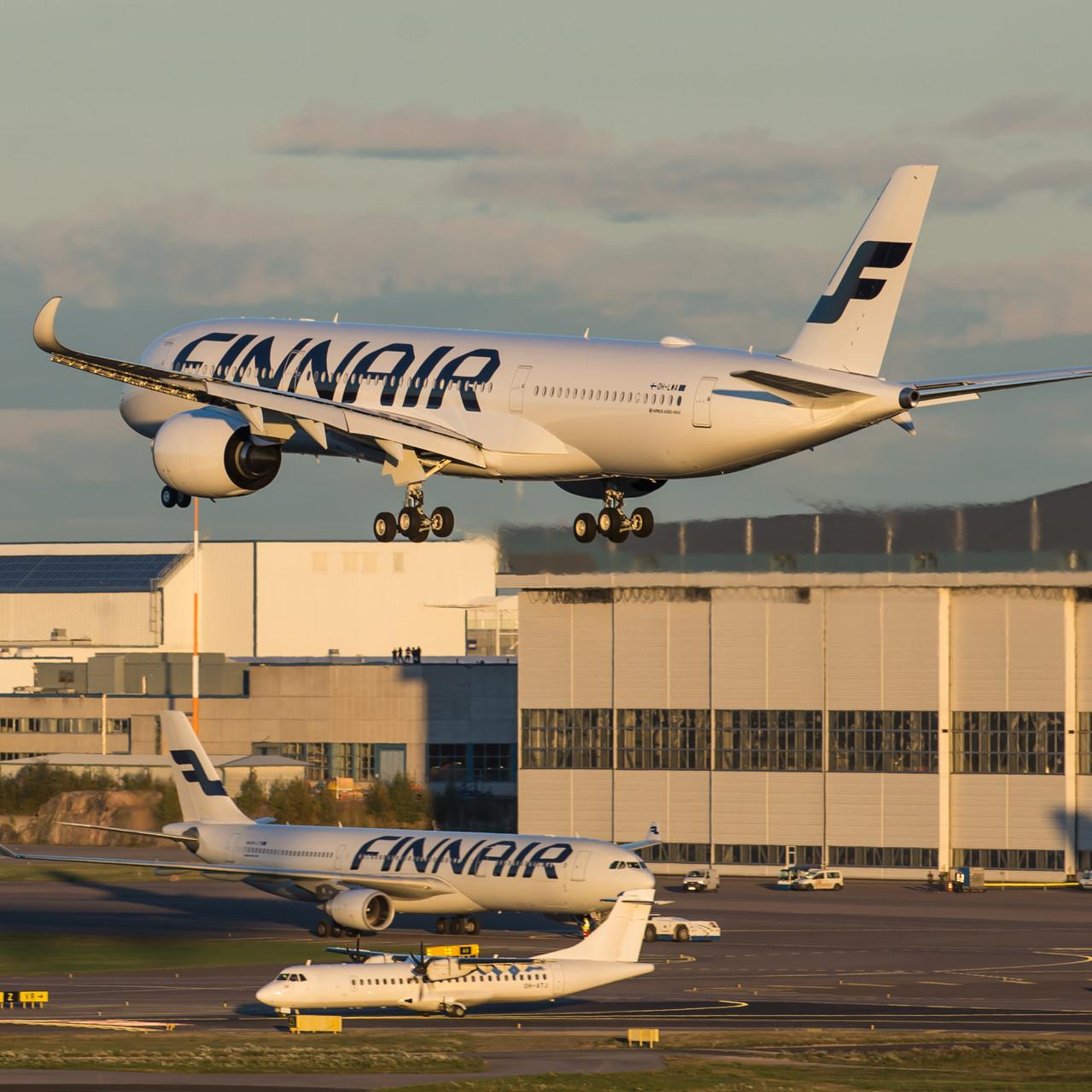 002_A350 XWB Landing_Finnair