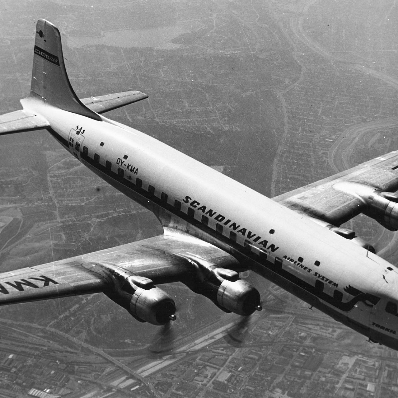 003_1960s_DC6B_image-SAS