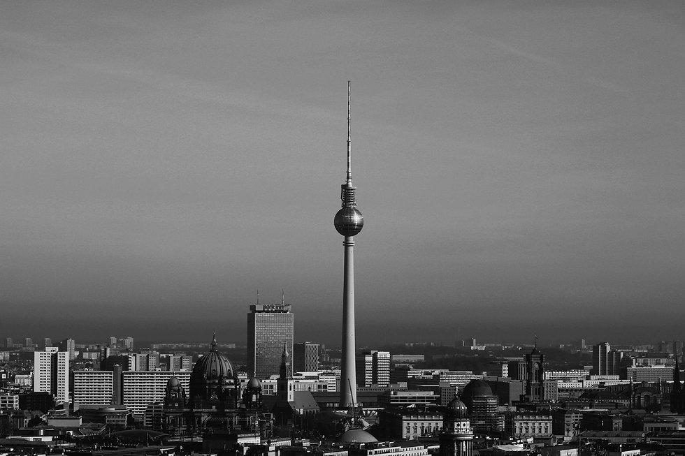 berlin-4001319_1920.jpg