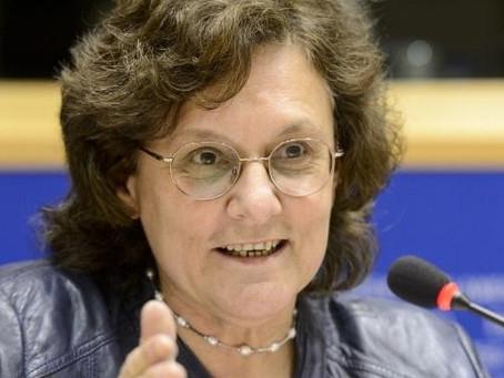 Göncz Kinga: Nemzeti és európai külpolitikát!