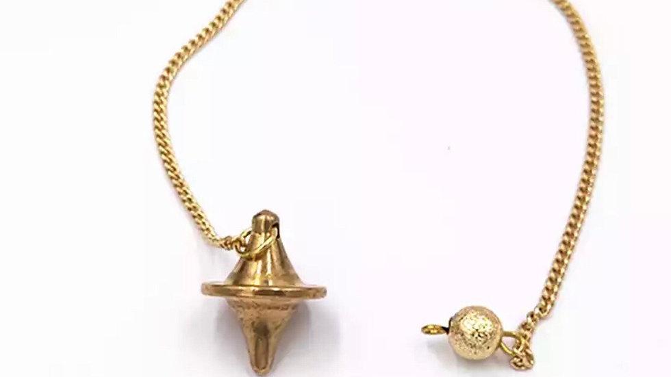 Pendule voyance en métal doré