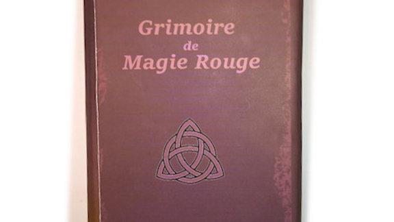 Grimoire de magie rouge amour