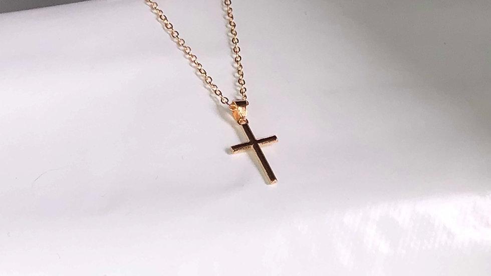 Crucifix métal doré avec chaîne