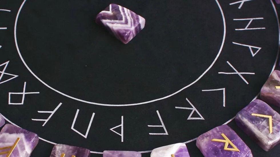 Runes divinatoires germaniques améthyste