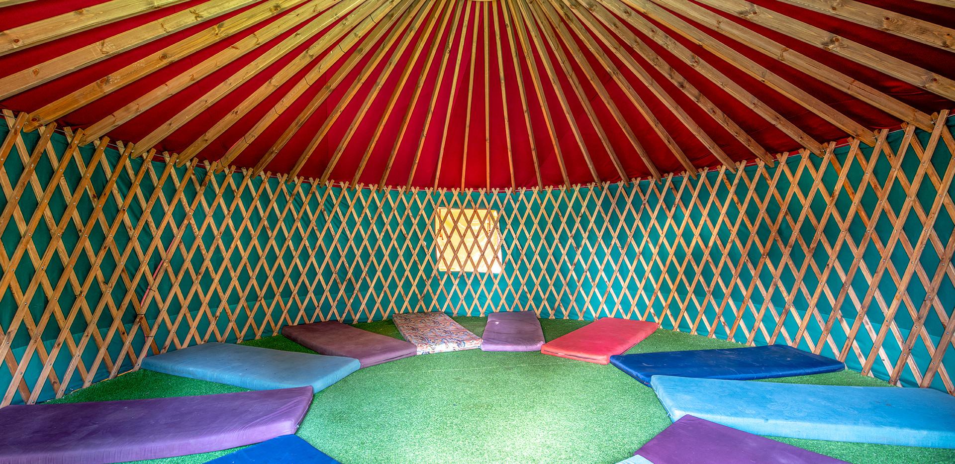 אוהל מנגולי שטח