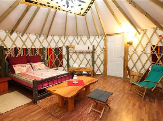 יורט מפואר- אוהל ממוזג.jpeg