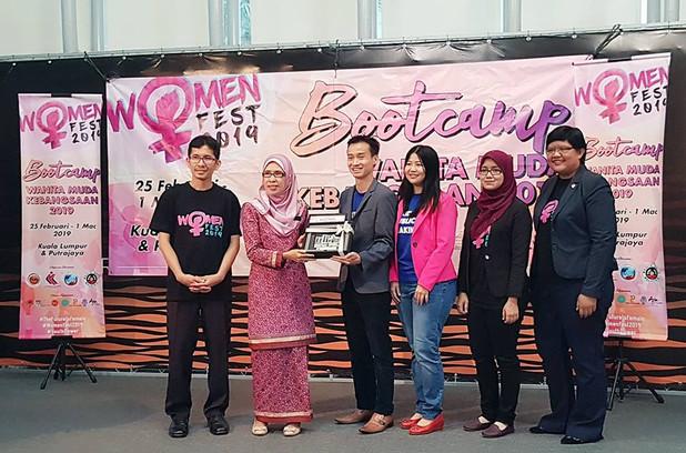 womenfest johan speaking academy public