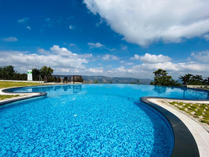 Infinite Pool View_Day View