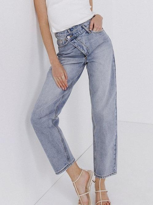 Cross Top Jeans