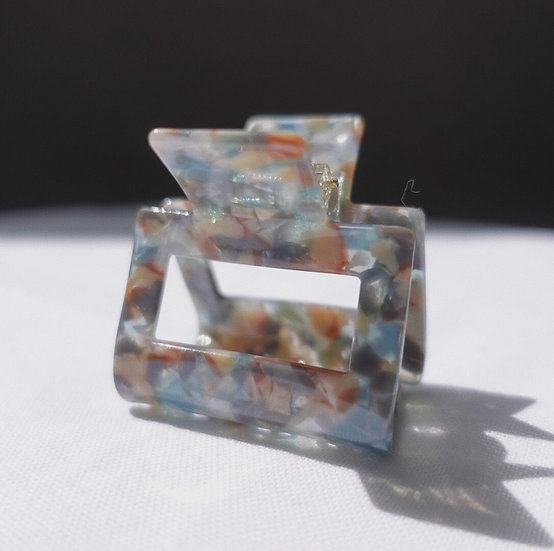 BLUE MARBLE CLAWCLIP
