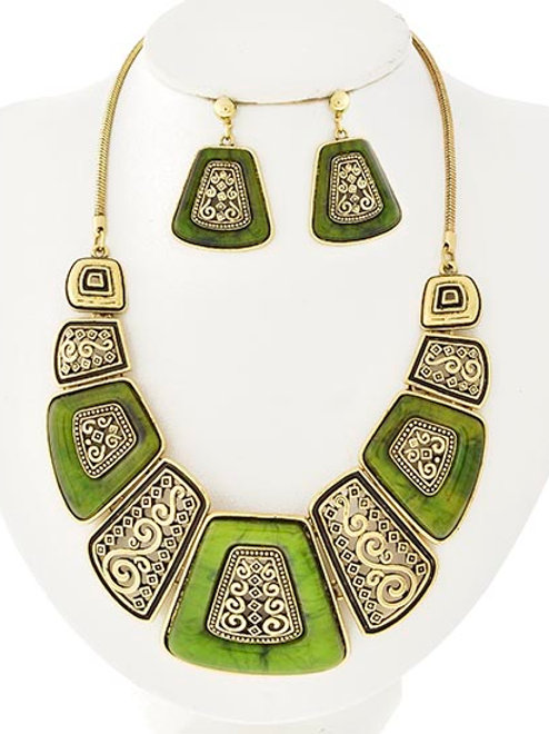 Antique Gold Acrylic Necklace & Earrings Set (Green)