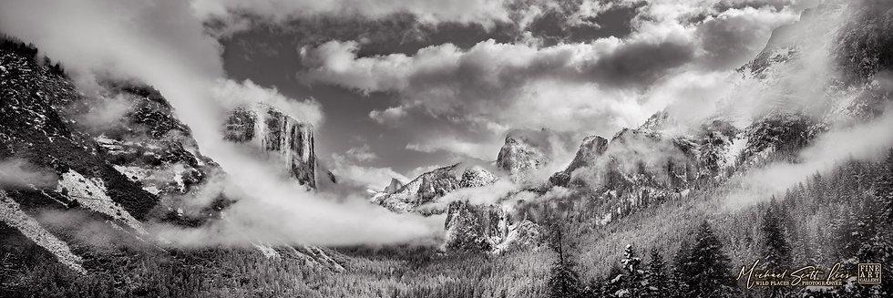 View of Yosemite National Park, California, America. Michael Scott Lees fine art photographic prints for sale