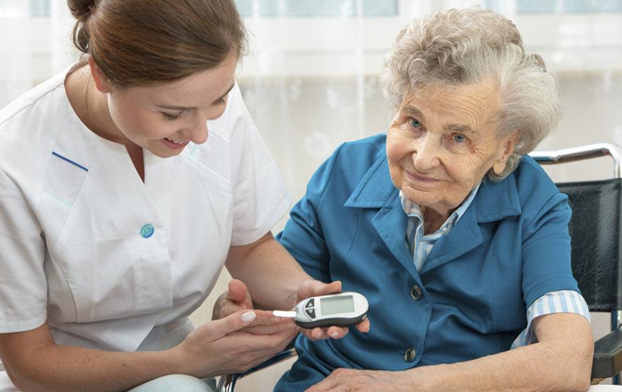 Caregiver-with-Diabetic-Woman-main.jpg