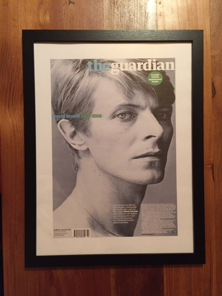 30x40 cms. The Guardian. David Bowie