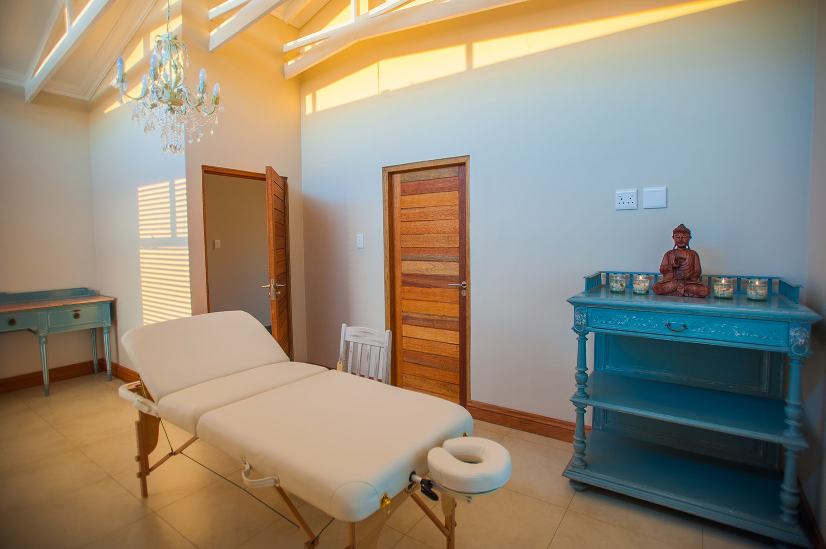 The Wild Olive treatment room