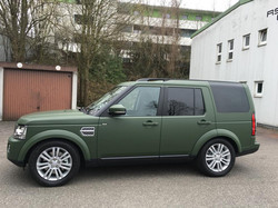 Land_Rover_Discovery_Nato-Oliv-Grün_2