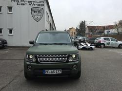 Land_Rover_Discovery_Nato-Oliv-Grün_3