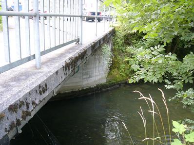 Brücke über den Aabach und Auskragung Fabrikstrasse