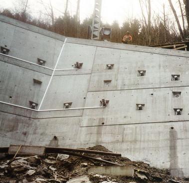 N2 Amsteg – Meitschligen, Instandsetzung Stützmauer Ried