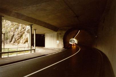 N4 Axenstrasse, Tunnel Kleine Galerie