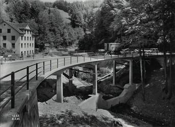 Lorentobelbrücke, Wald