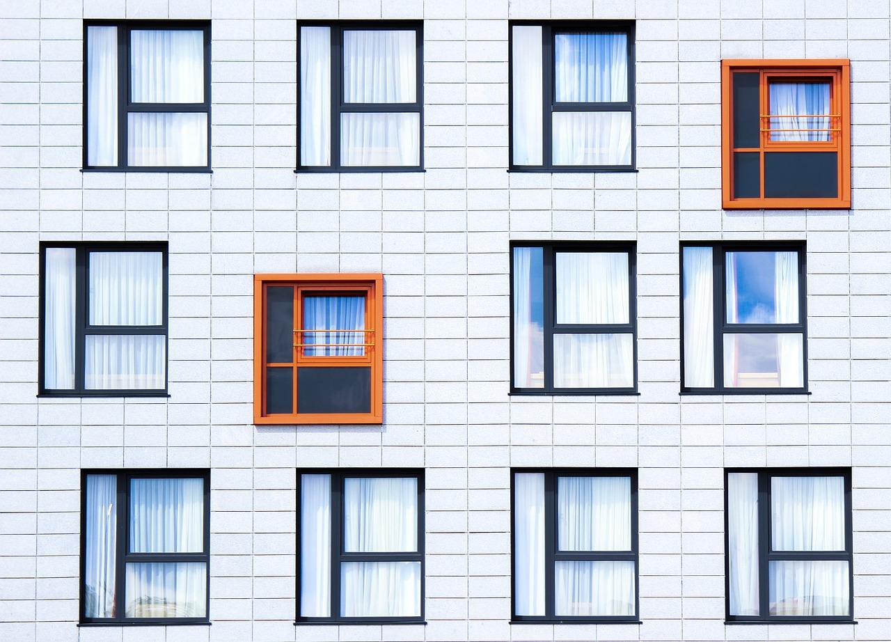 facade-828984_1280