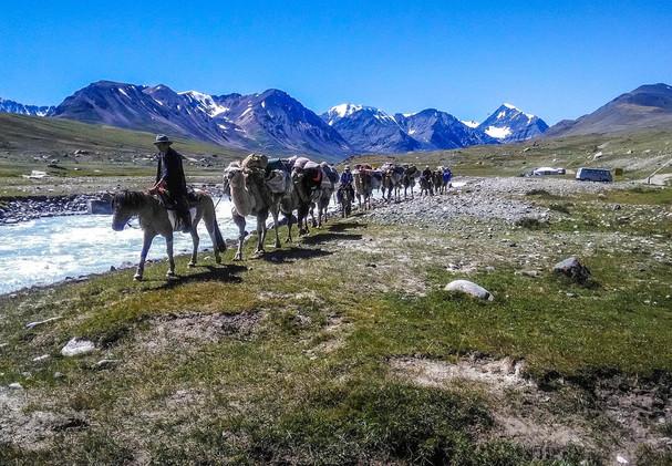 Караван. Монголия.