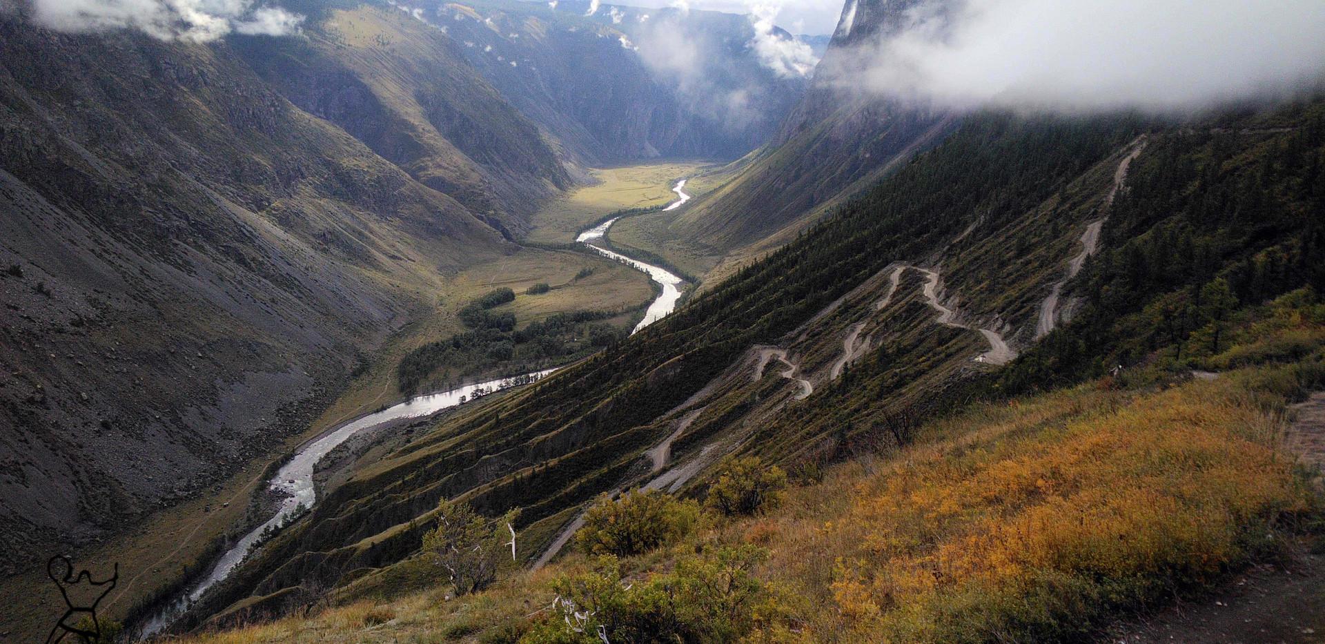 перевал КатуЯрык. Алтай.