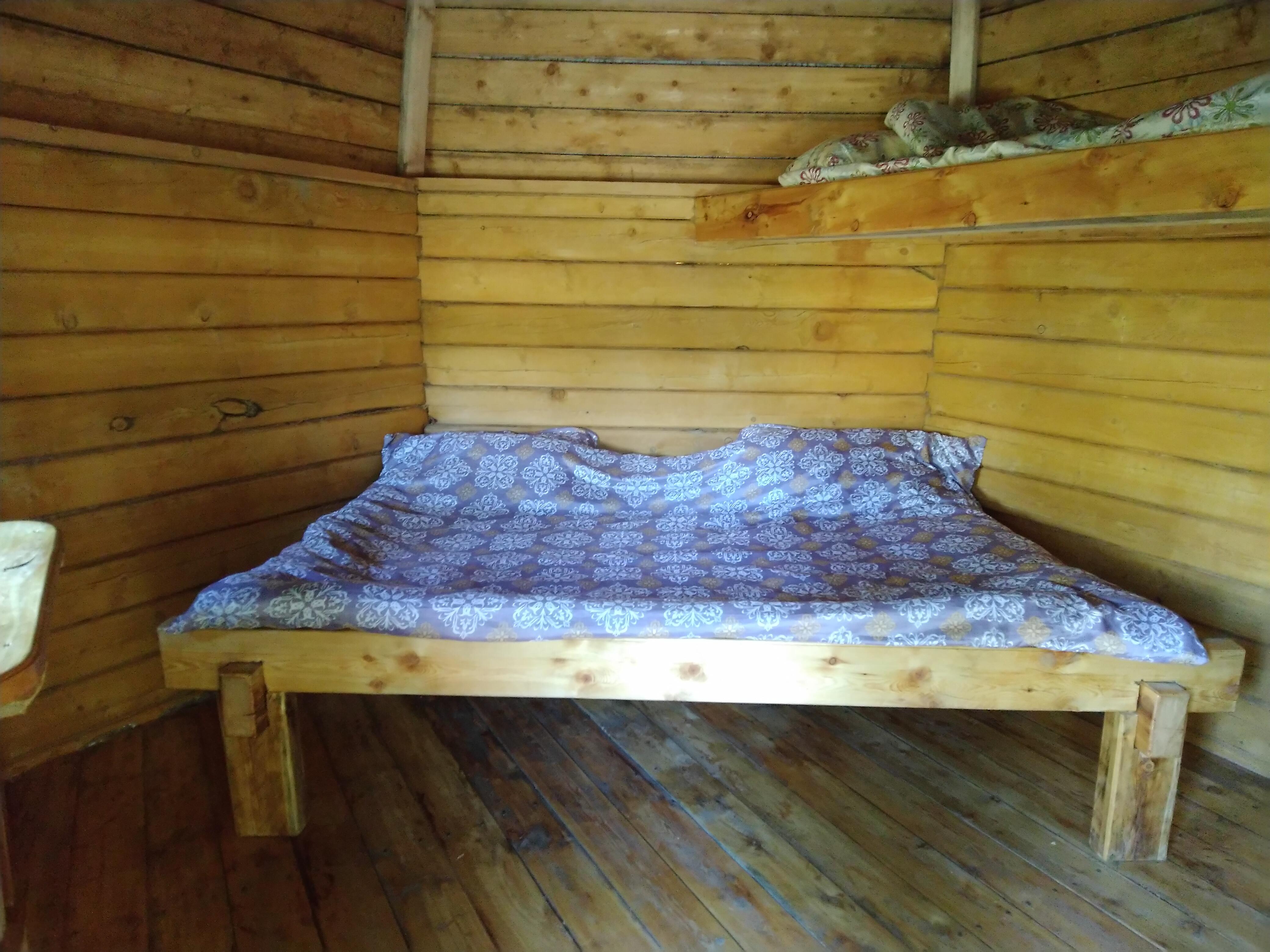 Кровати в домиках