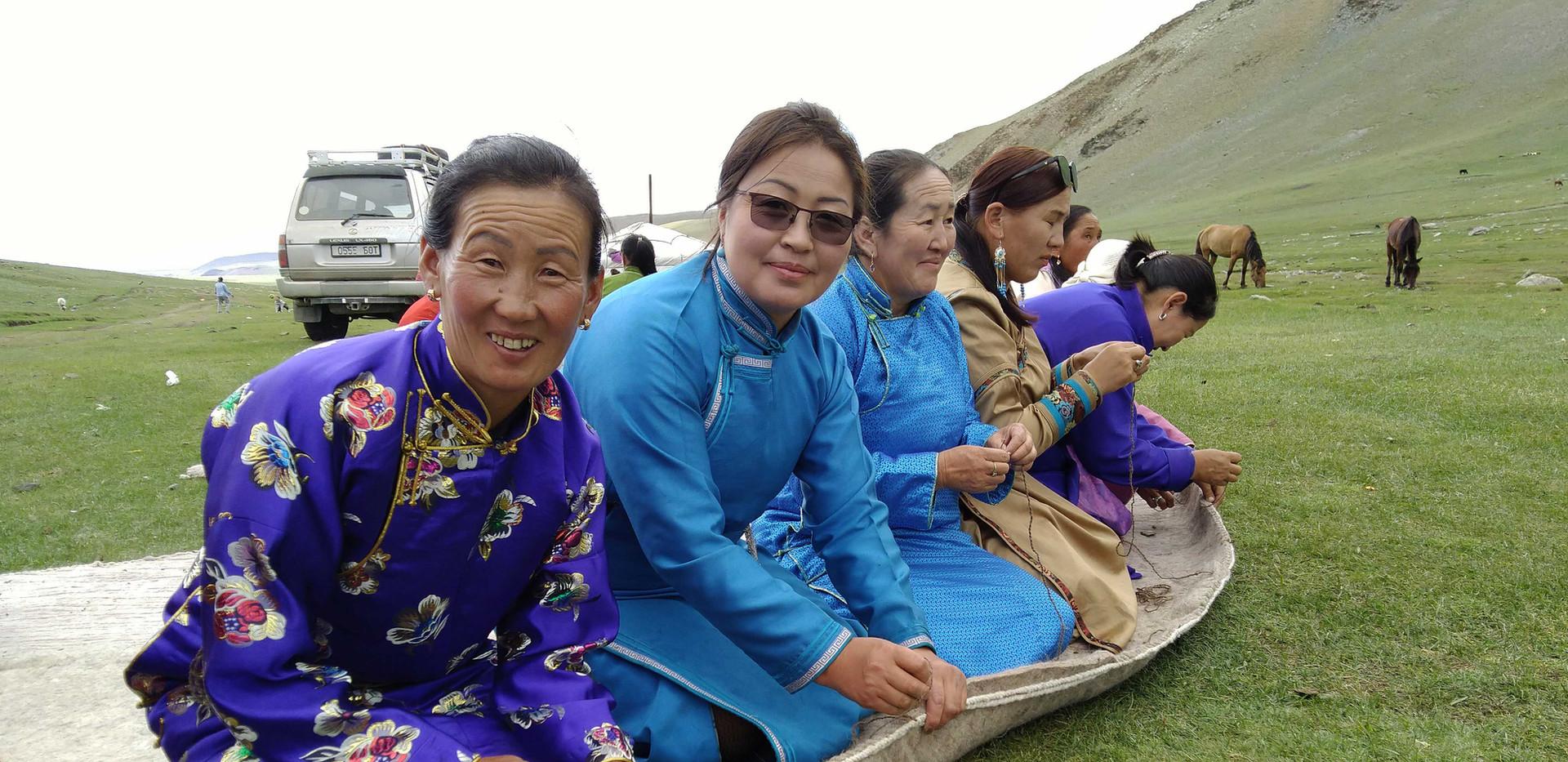 Традиции Монголии.