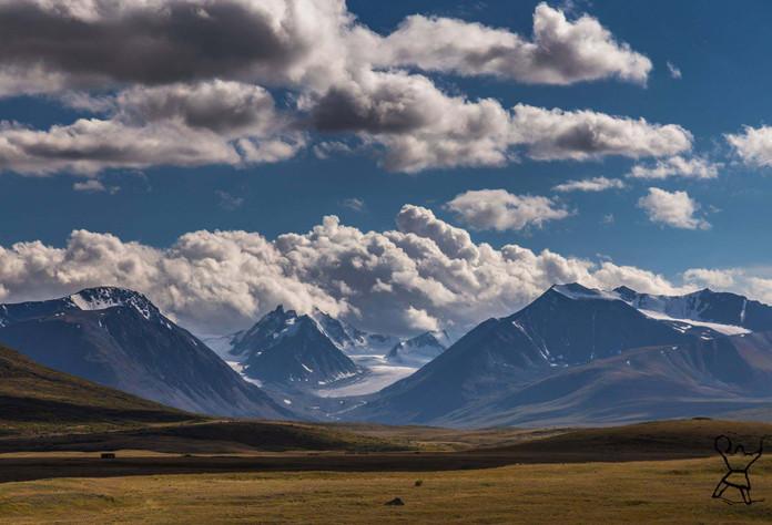Kanas mountain pass. Altai.