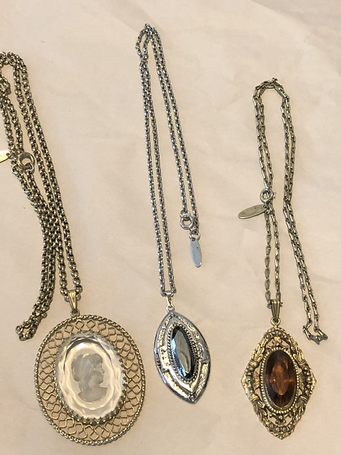 Whiting & Davis Necklace Lot