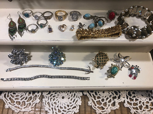 WOW !!! Beautiful Jewerly Lot